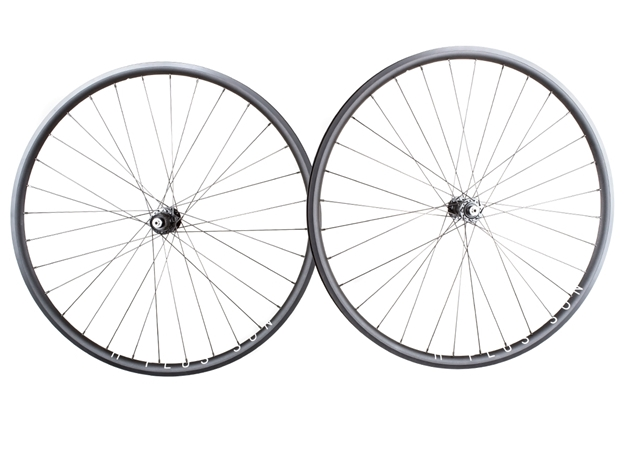 Picture of H+Son Archetype/Shimano 105 Wheelset - Black MSW
