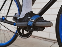 Fyxation Gates Pedal with Strap Kit - Red/Black